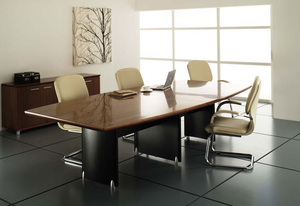 COMPUTER CHAIR: Conference Room Tables